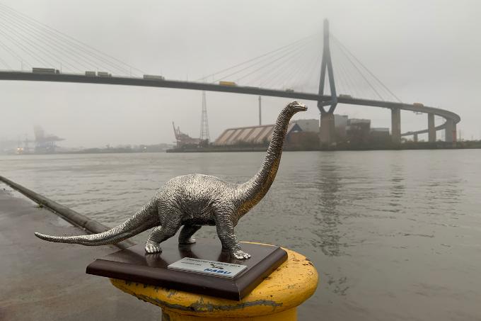 Dino Brücke Jonas Voß
